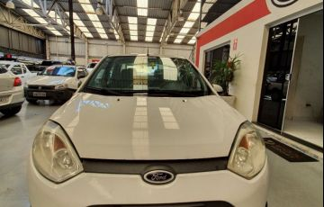 Ford Fiesta 1.6 MPi Sedan 8v - Foto #2