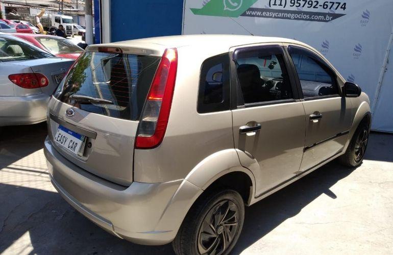 Ford Fiesta 1.0 Rocam Hatch 8v - Foto #6