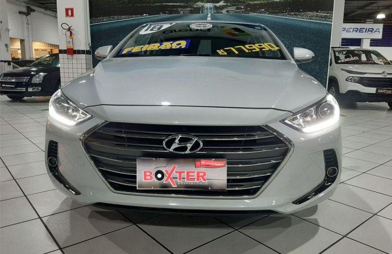 Hyundai Elantra 2.0 16v - Foto #2