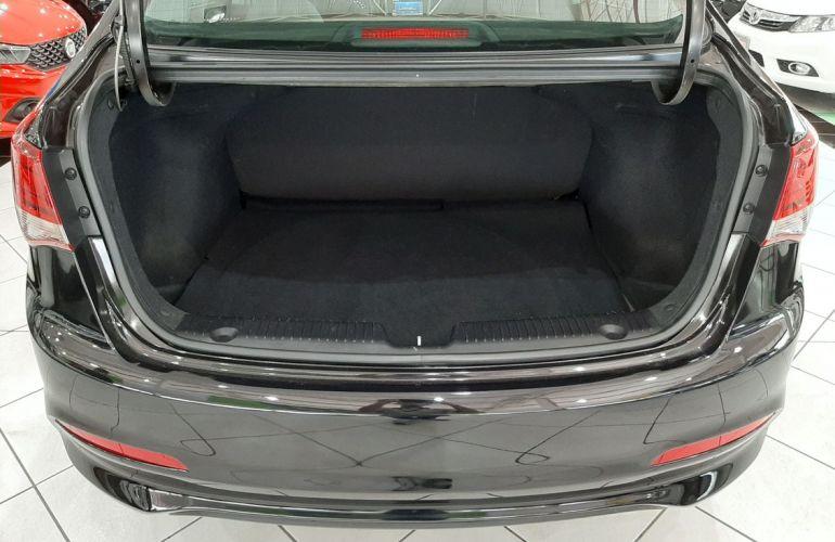 Hyundai Hb20s 1.6 Comfort Plus 16v - Foto #7