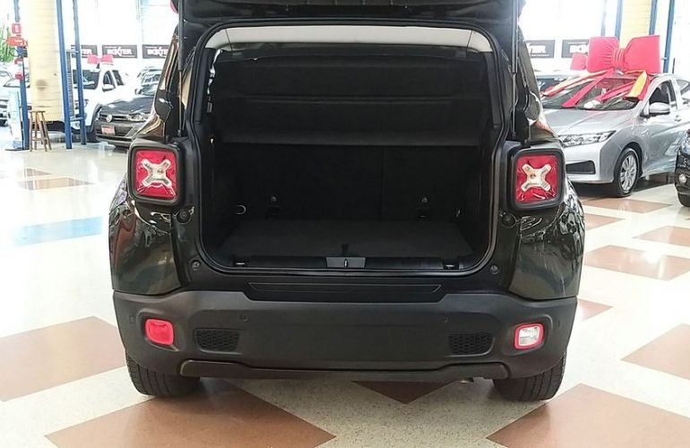 Jeep Renegade 1.8 16V Longitude - Foto #6