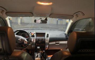 Mitsubishi Pajero 3.5 Hpe 4x4 7 Lugares V6 24v - Foto #10