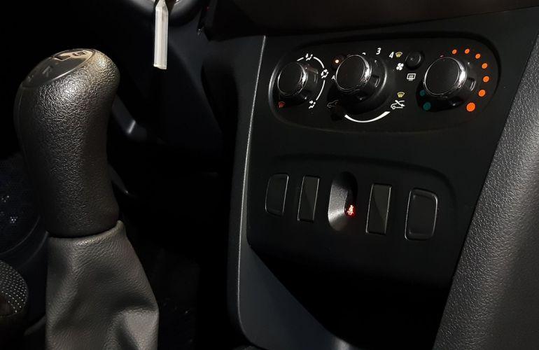 Renault Logan 1.0 12v Sce Authentique - Foto #10