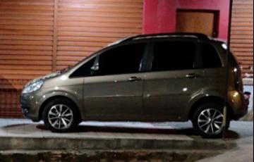 Fiat Idea Attractive 1.4 8V (Flex) - Foto #1