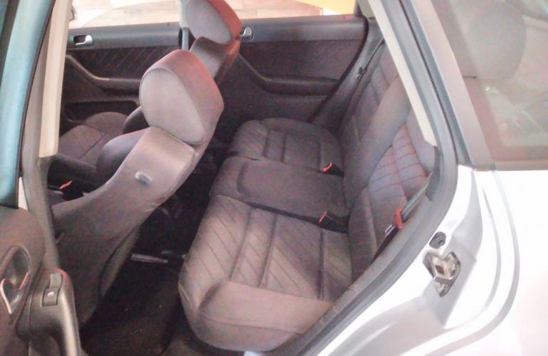 Audi A3 1.8 20V - Foto #9
