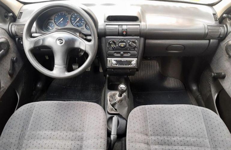 Chevrolet Corsa 1.6 MPFi GLS Sedan 8v - Foto #7