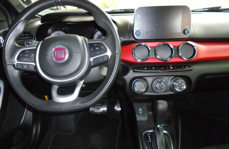 Fiat Argo 1.8 E.torq Hgt At6 - Foto #10