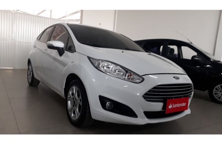 Ford New Fiesta Sedan 1.6 SE PowerShift (Flex) - Foto #1