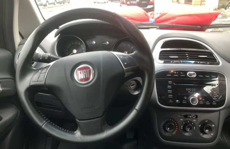 Fiat Punto 1.4 Attractive 8v - Foto #2