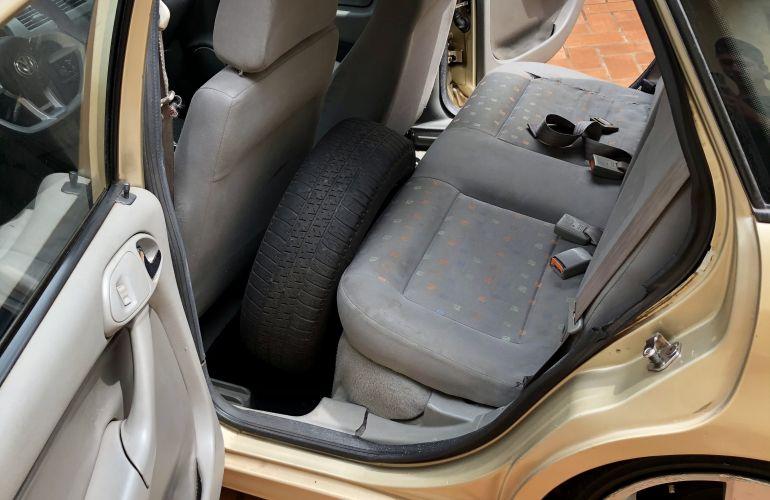 Volkswagen Gol 1.8 MI (G3) - Foto #7