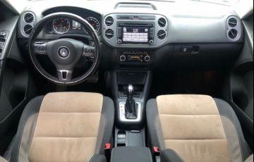 Volkswagen Tiguan 2.0 TSI 4WD - Foto #6