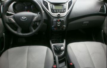 Hyundai Hb20s 1.0 Comfort Plus 12v - Foto #10