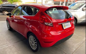 Ford New Fiesta Titanium Plus 1.6 16V PowerShift - Foto #5