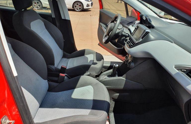Peugeot 208 1.6 Active Pack (Aut) - Foto #3