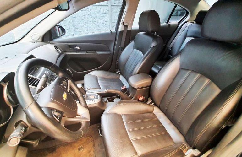 Chevrolet Cruze 1.8 LT 16V Sedan - Foto #9