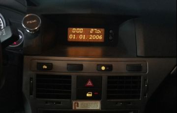 Chevrolet Vectra 2.0 MPFi Gt Hatch 8v - Foto #4