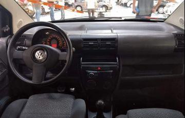 Volkswagen Fox 1.0 Mi Plus 8v - Foto #2