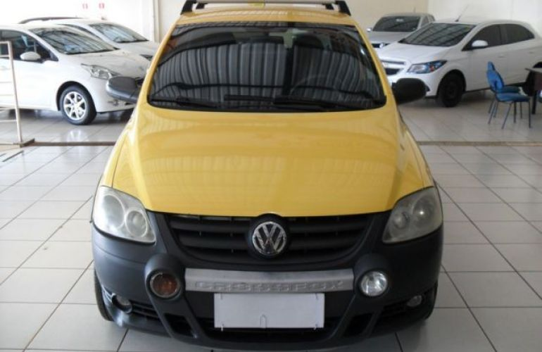 Volkswagen Crossfox 1.6 Mi 8V Total Flex - Foto #1