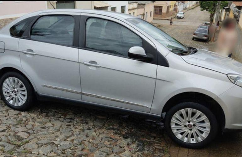 Fiat Grand Siena Essence 1.6 16V (Flex) - Foto #7