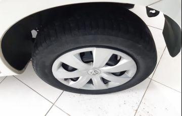 Toyota Etios XS 1.5 16V Flex - Foto #5