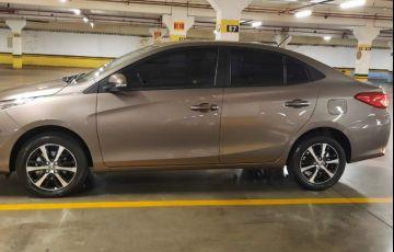 Toyota Yaris Sedan 1.5 XS Connect CVT - Foto #3