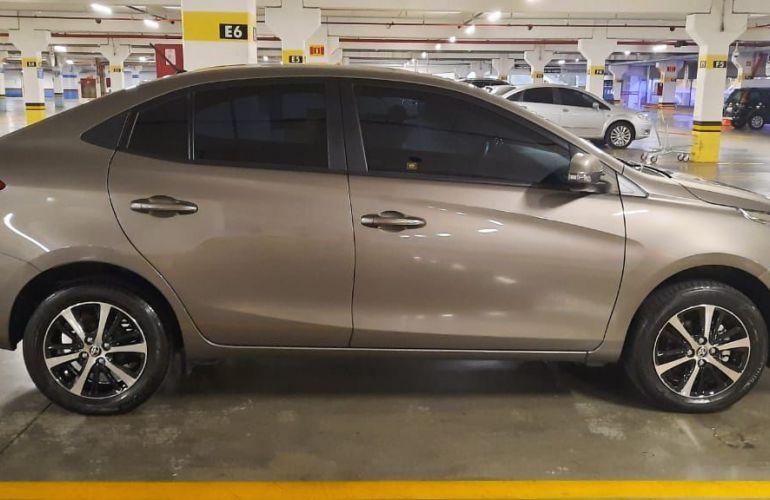 Toyota Yaris Sedan 1.5 XS Connect CVT - Foto #4