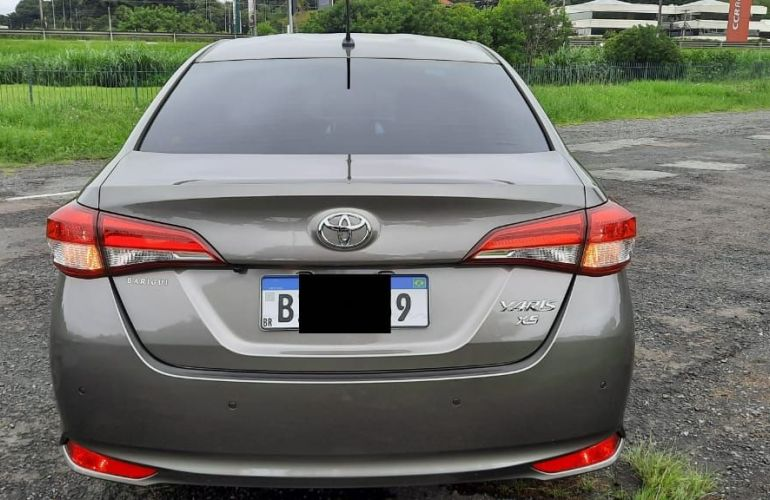 Toyota Yaris Sedan 1.5 XS Connect CVT - Foto #5