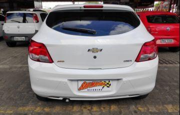 Chevrolet Onix 1.0 LS SPE/4 - Foto #6