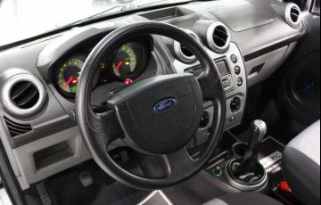 Ford Fiesta Sedan 1.0 MPI 8V Flex - Foto #9