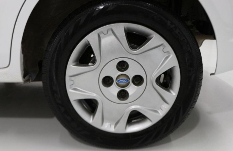 Ford Fiesta Sedan 1.0 MPI 8V Flex - Foto #10