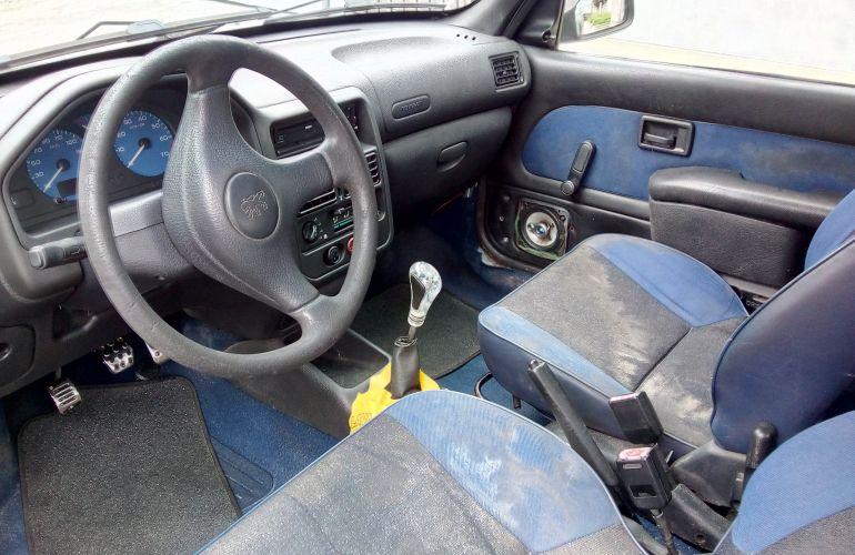 Peugeot 106 Quiksilver 1.0 - Foto #5