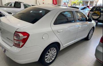 Ford Focus Hatch GLX 1.6 16V (Flex) - Foto #4