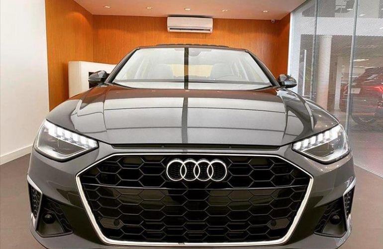 Audi A4 2.0 TFSI Prestige Plus S Tronic - Foto #1