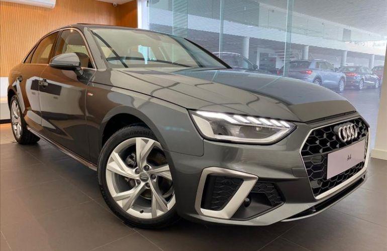 Audi A4 2.0 TFSI Prestige Plus S Tronic - Foto #2