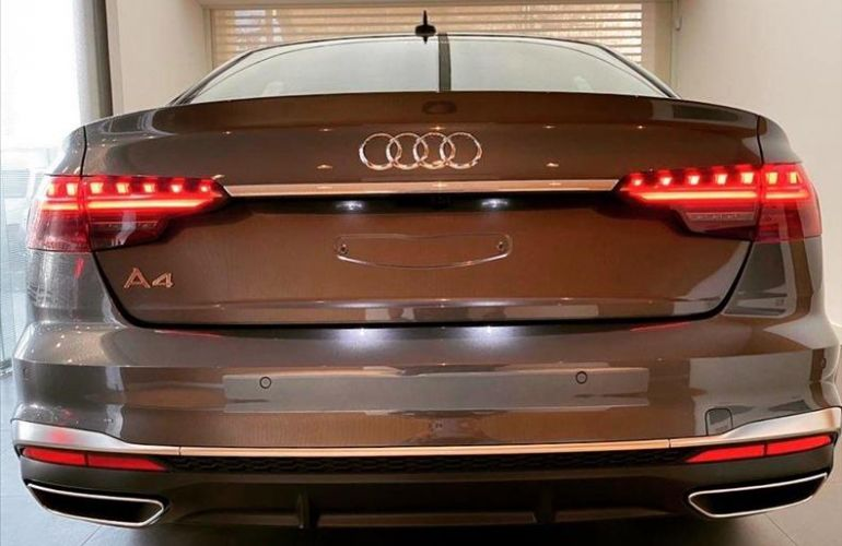 Audi A4 2.0 TFSI Prestige Plus S Tronic - Foto #6