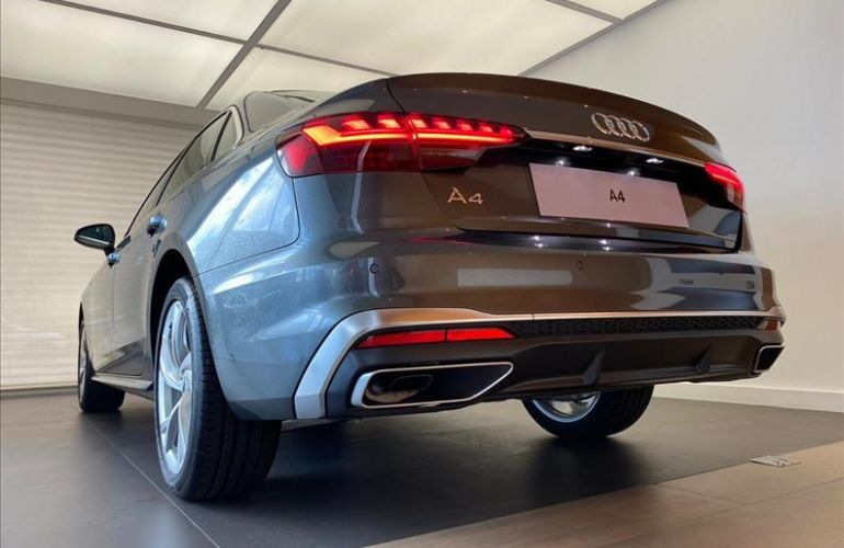 Audi A4 2.0 TFSI Prestige Plus S Tronic - Foto #7