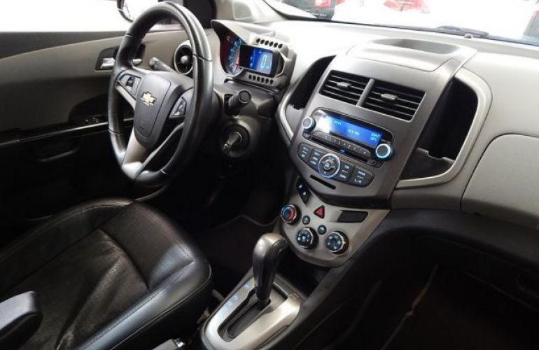 Chevrolet Sonic Sedan LTZ 1.6 MPFI 16V Flex - Foto #10
