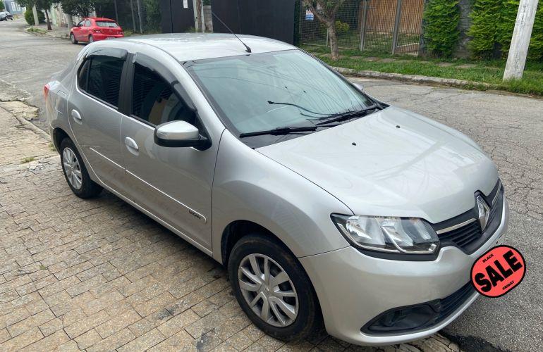 Renault Logan Expression 1.6 8V - Foto #6