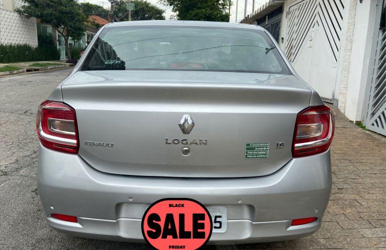 Renault Logan Expression 1.6 8V - Foto #8