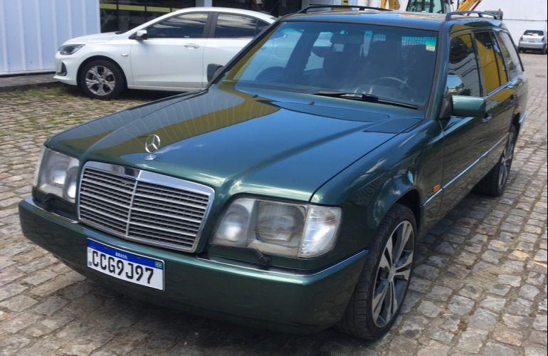 Mercedes-Benz E 320 Elegance 3.2 - Foto #1