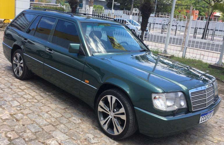 Mercedes-Benz E 320 Elegance 3.2 - Foto #4