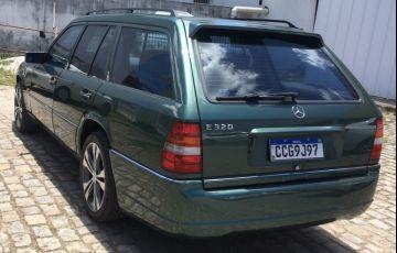 Mercedes-Benz E 320 Elegance 3.2 - Foto #6