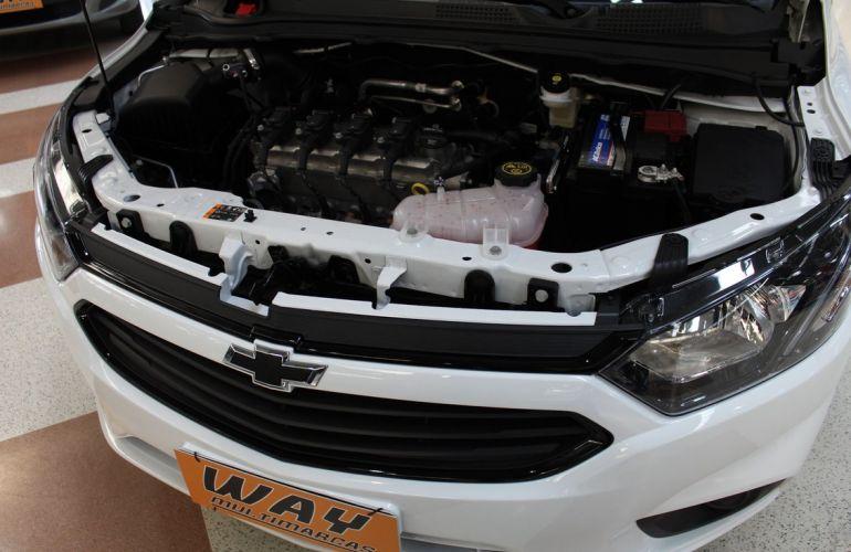Chevrolet Onix 1.0 LT Black - Foto #3