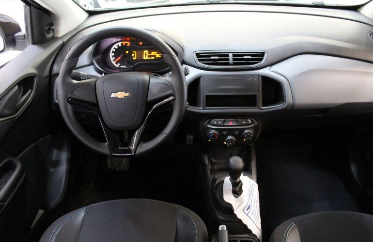 Chevrolet Onix 1.0 LT Black - Foto #5