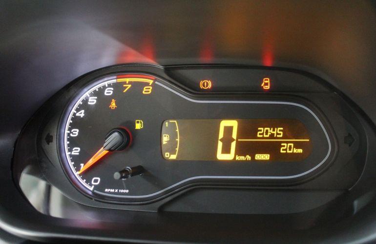 Chevrolet Onix 1.0 LT Black - Foto #8