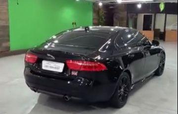 Jaguar XE R Sport 2.0 16V - Foto #4