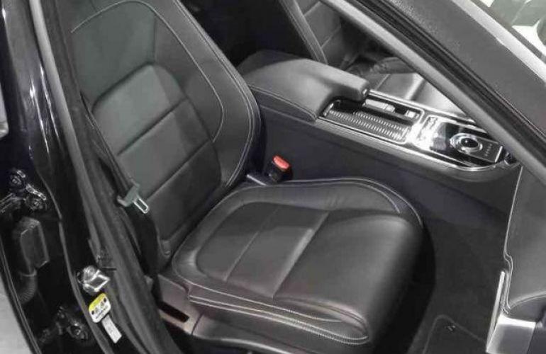 Jaguar XE R Sport 2.0 16V - Foto #9