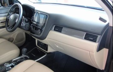 Mitsubishi Outlander 2.2 4x4 - Foto #7