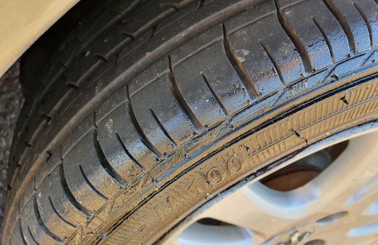 Peugeot 206 Hatch. Presence 1.4 8V - Foto #8