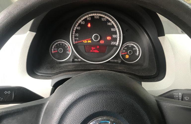 Volkswagen Up! 1.0 12v E-Flex black up! I-Motion - Foto #3